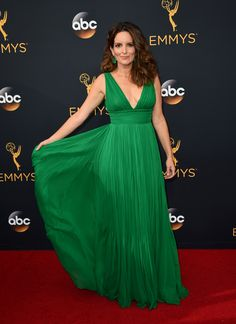 2016 Emmys Red Carpet - Moviefone.com