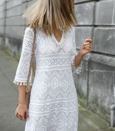 trina-turk-lace-tassels-dress-loeffler-randal-luz-sandals-straight-blonde-lob-middle-part-fashion-style-blog-san-francisco-mary-orton-memorandum6