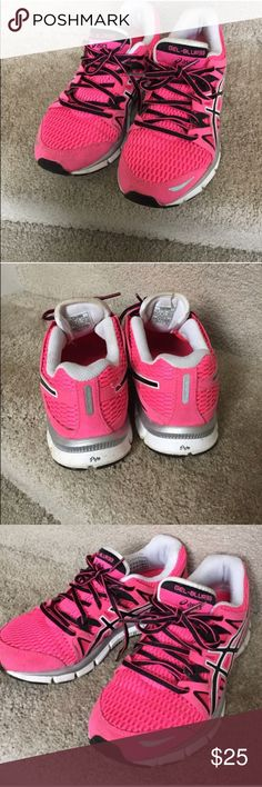 Pre-loved Women's ASICS GEL-Blur 33 Athletic Shoes Pre-loved Women's ASICS GEL-Blur 33 Athletic Shoes | Size: 6.5 | Color: Bright Pink / Black / White | Great running support shoes | In great condition Asics Shoes Athletic Shoes