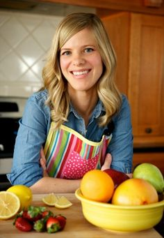An introduction to a new voice on The Scoop on Food, dietitian and mom Sally Kuzemchak.