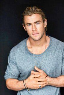 August 11, 1983: Australian actor, Chris Hemsworth (Thor) born in Melbourne, Australia