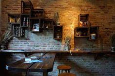 ROOM 77 Graefestr. 77 Berlin Kreuzberg  warm beer, cold women and fast food made slow  Perfekter Ort für ein Date