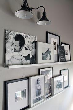 Puedes decorar tu estantería o tu pared con fotografías tuyas o nuestras. Visita…