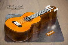 Classic guitar - http://cakesdecor.com/cakes/280450-classic-guitar