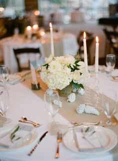 fresh white table | Loft Photographie #wedding