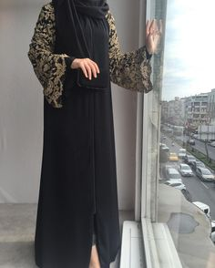 Classy and elegant Islamic Fashion, Muslim Fashion, Modest Fashion, Burqa Designs, Abaya Designs, Abaya Style, Modest Wear, Modest Outfits, Hijab Chic