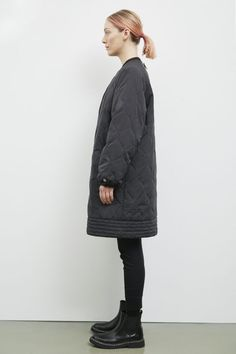 Oversized, long, quilted and with an utilitarian, urban-inspired silhouette, Akaroa is a cozy go-to in-betweener. Fashion Brand, Winter Jackets, Zipper, Female, Coat, How To Wear, Vegan, Coats, Winter Coats
