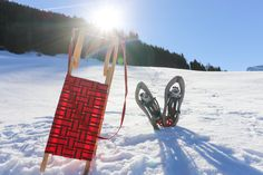Was für ein herrlicher Wintertag...  Na für was habt ihr euch heute entschieden? Skifahren, Langlaufen, Rodeln, Schlittschuhlaufen, Schneeschuh- oder Tourenskigehen..  Oder genießt ihr die wunderbare Winterlandschaft bei einem Spaziergang?? ❄️😁  Eins wissen wir jetzt schon im Salzburger Saalachtal findet Jeder das passende Angebot! ❤️  #urlaubimsaalachtal #wintererleben #winterfun #skimo #outdoorfun #winterwonderland Golden Gate Bridge, Travel, Snowshoe, Long Distance, Winter Landscape, Skiing, Hiking, Places, Viajes