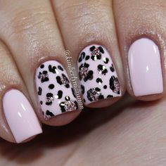 Cotton candy pink and glittery leopard nails Get Nails, Love Nails, Hair And Nails, Pink Leopard Nails, Pink Nails, Snow Leopard, Best Acrylic Nails, Acrylic Nail Designs, Fabulous Nails