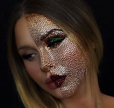 Best Last Minute Halloween makeup ideas 2019 that inspire you. Halloween is coming, and people find some unique and great makeup ideas for this event. Sfx Makeup, Costume Makeup, Makeup Art, Glow Makeup, Male Makeup, Makeup Ideas, Halloween Makeup Looks, Halloween Kostüm, Crazy Makeup