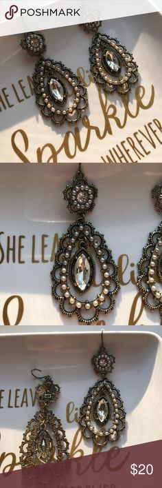 Chloe+Isabel Dangle Earrings These classic beauties have a classic touch with crystal and pearl accents Chloe + Isabel Jewelry Earrings