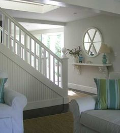 House of Turquoise: Molly Frey Design Interesting floating foyer table, use architectural pieces.