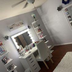 Low shipping & financing Vanity Mirror with lights Teen Bedroom Designs, Room Ideas Bedroom, Diy Bedroom Decor, Home Decor, Small Bedroom Ideas For Teens, Beauty Room Decor, Makeup Room Decor, Vanity Room, Ikea Vanity
