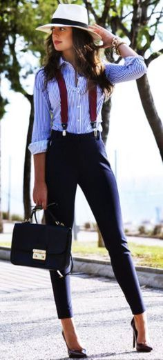 40 super attraktive Street Fashion Styles für 2017 - Trousers-Leggings-Look - Fashion Work Fashion, Fashion 2017, Street Fashion, Fashion Looks, Fashion Trends, Fashion Styles, Fashion Women, Trendy Fashion, Fashion Ideas