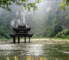 """Vietnam beautiful  Trang An Ninh Binh. #trangan #tranganninhbinh #ninhbinh #travelvietnam #travel #travelasia #northvietnam #backpacking #trip…"""