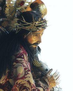 """549 Likes, 2 Comments - Cucurucho en Guatemala (@cucuruchoenguatemala) on Instagram: """"Santo de rogativa, imagen peregrina, Jesús de la Merced; Jesús de la Reseña y de ¡Señor Pequé!.…"""""""