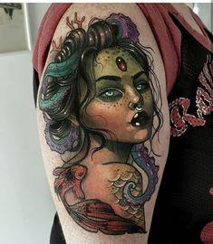Skull Rose Tattoos, Tattoos Mandala, Tattoos Geometric, Ocean Tattoos, Body Art Tattoos, Mermaid Tattoo Designs, Design Tattoo, Traditional Mermaid Tattoos, Neo Traditional Tattoo