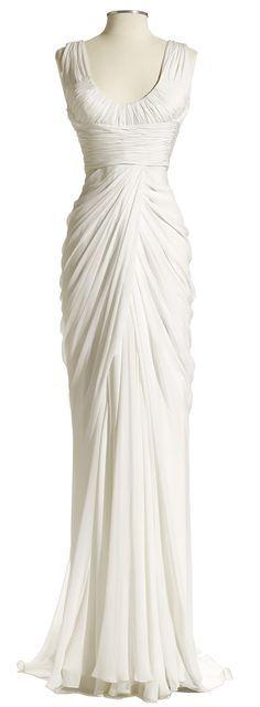 patrese un vestido de novia y me encanta tanto el diseño como el caido de la falda