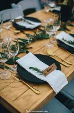 Trendy Wedding Table Cards Inspiration 63 Ideas wedding is part of Card table wedding - Card Table Wedding, Wedding Table Settings, Wedding Cards, Wedding Tables, Table Place Settings, Simple Table Setting, Wedding Runners, Deco Table Noel, Wedding Places