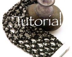 Hubble Stitch Seed Bead Bracelet Tutorial Mermaid by JewelryTales