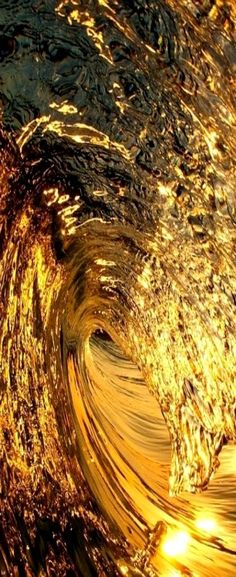 This Golden Wave reminds me of Holy Fire II Reiki and the Ocean of Holy Love Experience. TouchpointTherapy.com