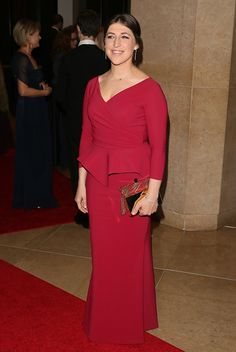 Mayim Bialik arrives at the 19th Annual Art Directors Guild Excellence In Production Design Awards at The Beverly Hilton Hotel on January 31 2015 in...