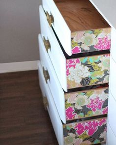 Oh this makes me so happy. It's all about the details! So simple but so rewarding      #interiordesign #home #design #flowers #floral #dreamhome #interiordecorating #homedecor #interiors #prettyhonest #lifestyleblogger #dressers #lifestyleblog #interiordecor #beautyblogger #decor #luxuryrealestate #blogspot #blogging #bloggerlife #newblogger #blackblogger #blackgirlswhoblog #blackgirlblogger #blackbloggersunited #browngirlbloggers #luxury