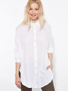Long shirt with round hem