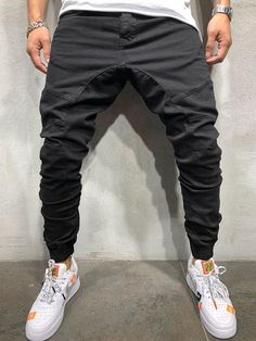 Mid-Waist Micro-Elastic Sports Loose Fit Men's Casual Pants Model:Loose Length:Full Length Trousers Shape:Overall Waist Line:Mid. Man Street Style, Men Street, Street Fashion Men, Japan Street, Streetwear Fashion, Drop Crotch Joggers, Mens Jogger Pants, Cargo Pants, Fashion Clothes
