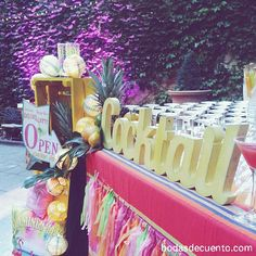 Cocktail decoration www.bodasdecuento.com #loreayjosesecasan #cuentibodas #Bodasdecuento #cuentibodas2014 www.bodasdecuento.com