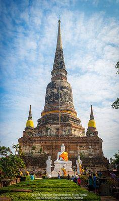 Wat Yai Chaimongkol by Noppawat Charoensinphon on Flickr - Main Stupa of Wat Yai Chaimongkol, Ayuttaya, Thailand