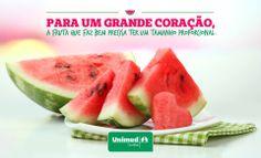 Delícia saudável!  Você sabia que a melancia faz bem para o coração? Agora você tem um motivo a mais para se deliciar com ela: http://unimed.me/1oM1xbX