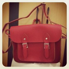 I love my cambridge satchel! ♥♥♥