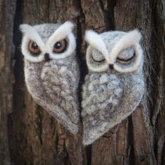Items similar to needle felted OWL BROOCH by The Lady Moth - grey felt owl - horned owl - needle felted sleeping owl - felted owl brooch UK on Etsy Felt Owls, Felt Birds, Felt Animals, Wet Felting Projects, Needle Felting Tutorials, Needle Felted Owl, Owl Crafts, Felt Brooch, Felt Fabric