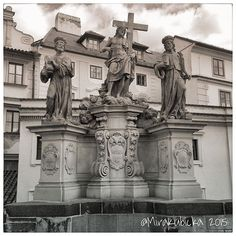 Sculpture in PragueCzech Republic #praha #prague #iprague #sculpture #statue #art #architecture #history #heritage #saint #santa #outdoor #city #stone #brigde #cz #czech #czechia #czechrepublic #czechdesign #czdsgn #česko #české #českárepublika