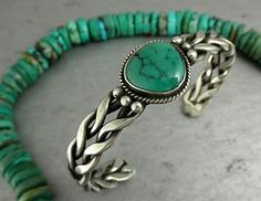 Vintage Navajo Design Green Turquoise BYy.raided Sterling Cuff Bracelet