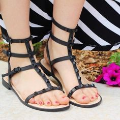 These @rebeccaminkoff sandals? NEED. // Shop them for over 35% off when you shop on Poshmark