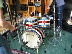 vintage drum sets - Google Search Drum Band, Vintage Drums, How To Play Drums, Snare Drum, Drum Kits, Musical Instruments, Drummers, Board, Sticks