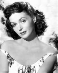 Apr 2020 - Actresses from the Golden Age of Entertainment 1900 - 1960 *. See more ideas about Actresses, Golden age and Old hollywood. Old Hollywood Glamour, Golden Age Of Hollywood, Classic Hollywood, Classic Actresses, Actors & Actresses, Lilli Palmer, Beauty And Fashion, Famous Photos, Star Pictures
