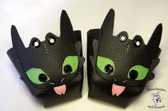 Toothless Black Roller Derby skate toe guards in natural leather