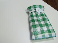Ecobag Dobrável: http://comofaz.net/2011/06/como-fazer-uma-ecobag-dobravel-para-carregar-na-bolsa/#axzz3CJV9Z9d5