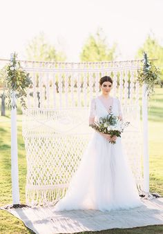 We still heart all things macramé here at FBrides! From ceremony backdrops, to table runners to bridal outfit details. Macramé matters for weddings of Wedding Ceremony Ideas, Wedding Trends, Wedding Styles, Wedding Backdrops, Boho Bride, Boho Wedding, Woodland Wedding, Crochet Wedding, Bridal Show