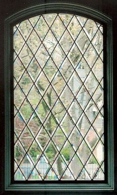 Diamond patterned leaded glass