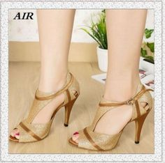 Basson, Champagne Shoes, Latin Dance Shoes, Short Heels, Open Toe High Heels, Bridal Shoes, Beautiful Shoes, Shoe Collection, Cute Shoes