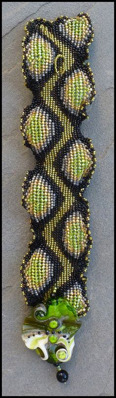 Singlewide Ndebele Ruffle Bracelet Instructions by ellejewelry, $15.00 love it! must try! #ecrafty