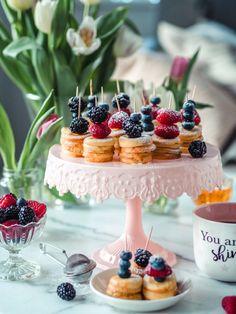 Ihanat Pannukakkuvartaat Finnish Recipes, Great Recipes, Favorite Recipes, Dessert Recipes, Desserts, Afternoon Tea, Food Inspiration, Cake Decorating, Food And Drink