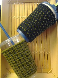 When you need the perfect cup cozy, a free pattern to make one!