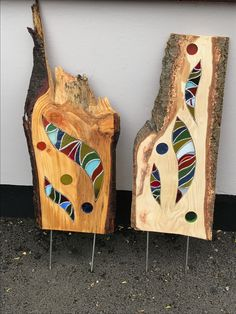Stained Glass and Wood Sculpture Mosaic Crafts, Mosaic Projects, Stained Glass Projects, Stained Glass Patterns, Mosaic Art, Mosaic Glass, Fused Glass Art, Stained Glass Art, Wood Plank Art