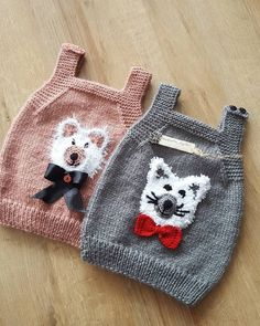 Good morning 😊 😊 😊 Photo by? Baby Cardigan, Knit Baby Dress, Baby Vest, Baby Knitting Patterns, Baby Patterns, Free Knitting, Crochet Bebe, Knit Crochet, Hairstyle Trends