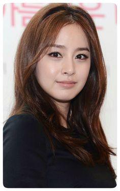 Pretty Korean Girls, Korean Beauty Girls, Asian Beauty, Kim Tae Hee Fashion, Sexy Makeup, Korean Celebrities, Beautiful Asian Women, Korean Actresses, Pretty Face